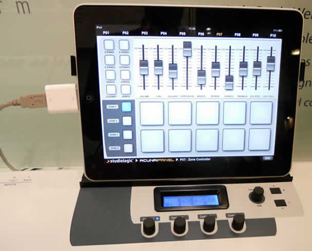 StudioLogic Acuna with Camera Kit attachment
