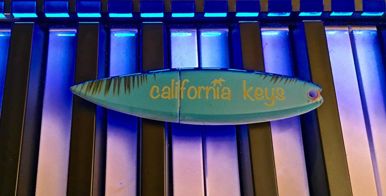 California Keys + Surfboard USB Stick