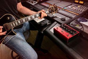 AmpliTube X-DRIVE guitar pedal